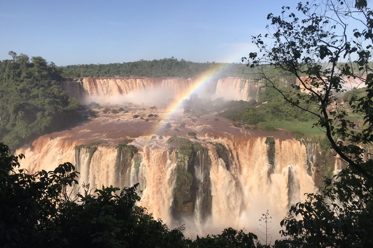How best to experience the Iguazu Falls