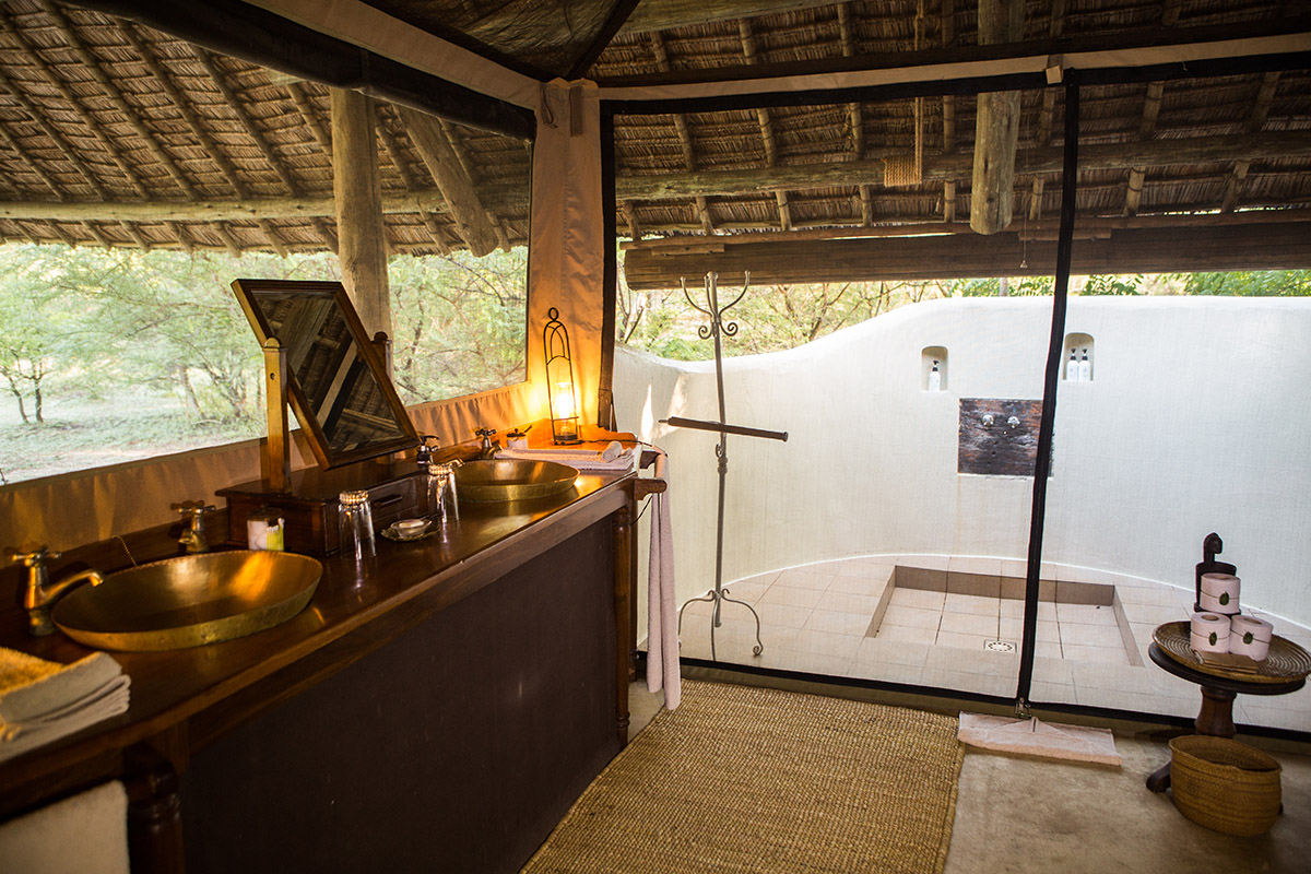 The best bush-and-beach honeymoon in southern Tanzania